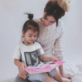 Camiseta Com a Mão na Massa Infantil